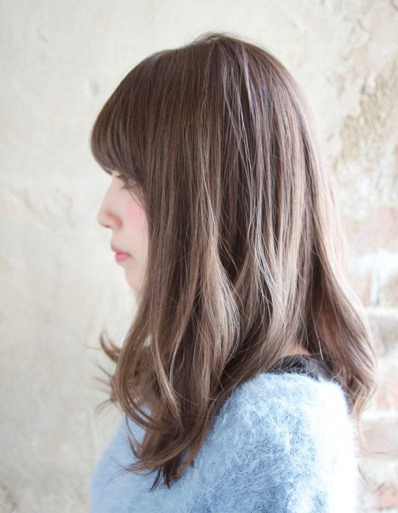 ふんわり柔らかアッシュベージュ Tk 80 ヘアカタログ 髪型 ヘアスタイル Afloat アフロート 表参道 銀座 名古屋の美容室 美容院 髪型 ヘアスタイリング ヘア
