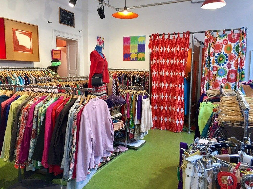 8 Flea Markets And Thrift Stores In Munich Munich Shopping Vintage Thrift Stores Thrift Shopping