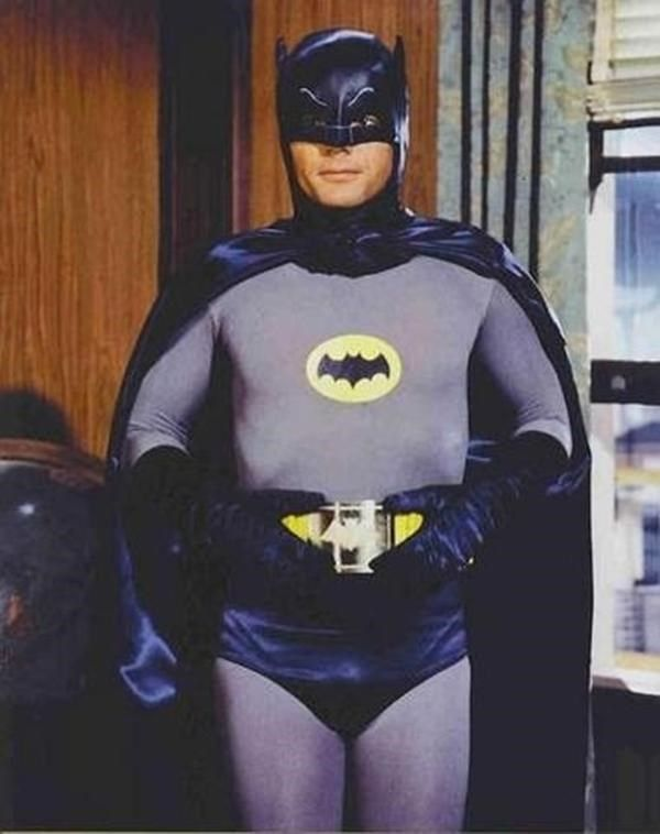 a28578a33f790 Confira a evolução do uniforme do Batman no cinema