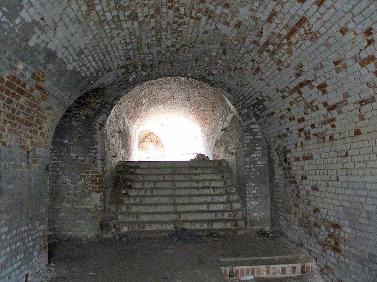 Лестница во внутренний двор форта