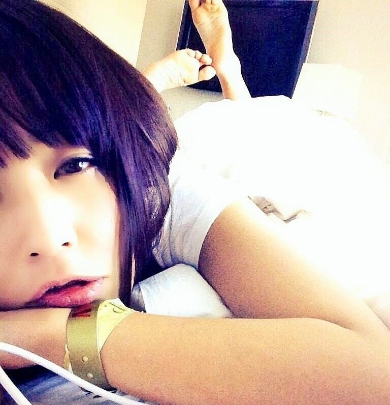 celebrityfeetinthepose #japanese #gravure #model and #penthouse #pet