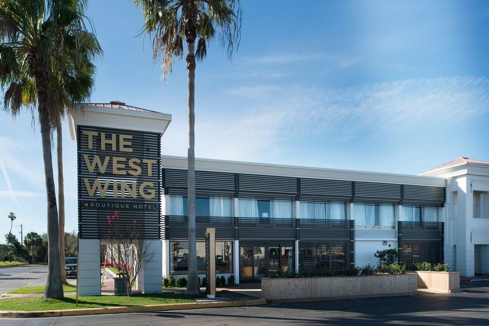 The West Wing Hotel Tampa Fl