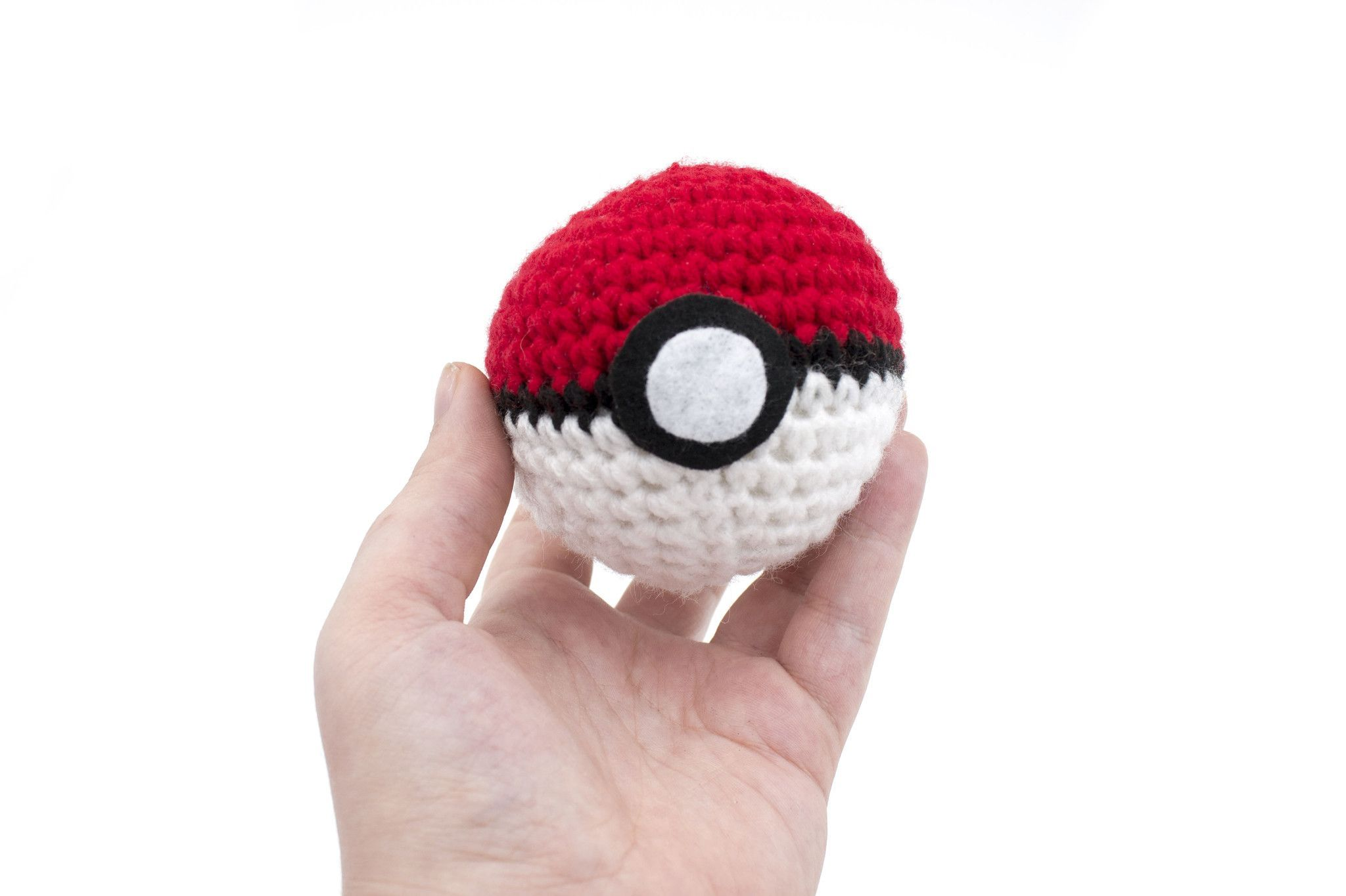 Pokeball Amigurumi Plush Toy | crochet | Pinterest