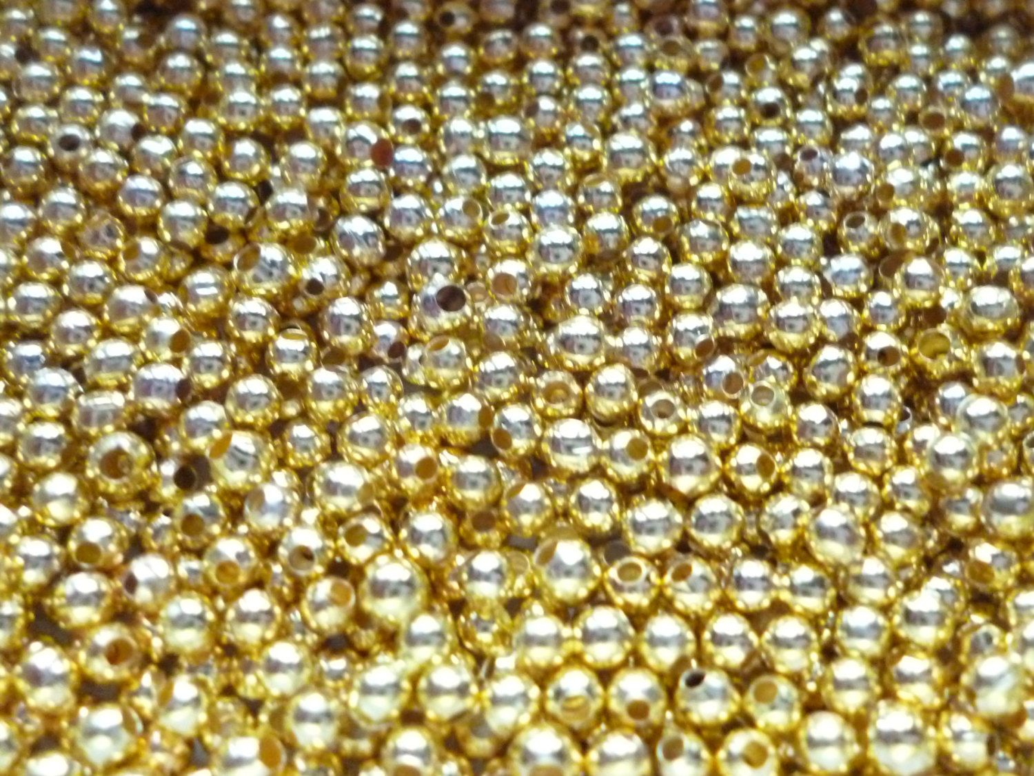 300+Gold+Plated+Iron+Metal+Spacer+Beads+by+BeadsDelightsShop,+£0.99