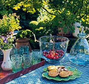 Great Gestaltungsideen f r den Cottage Garten Gedeckter Tisch im Garten Wohnen u Garten