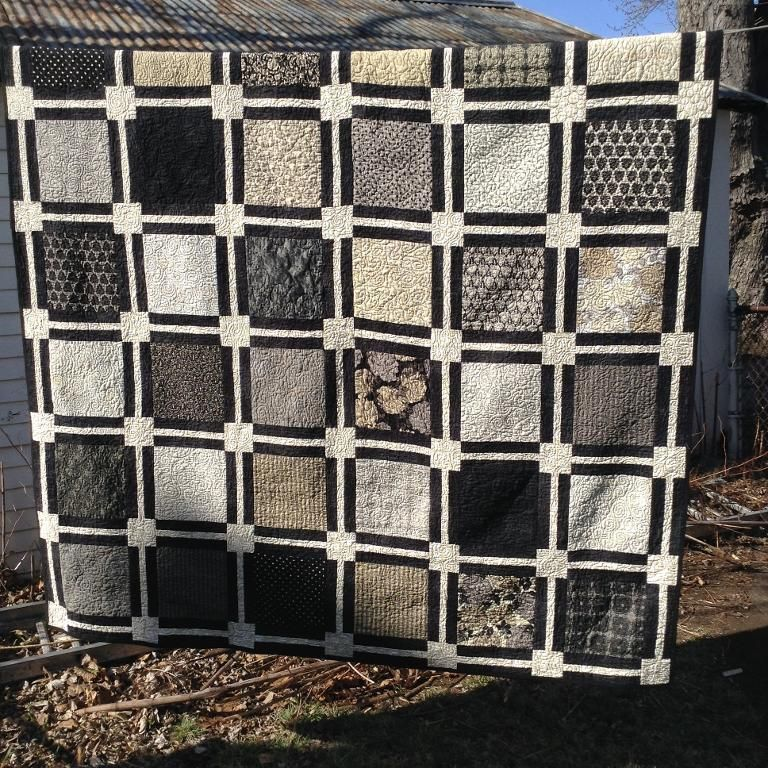 Easy Layer Cake Quilt | Layer cake quilts, Layering and Layer cake ... : quilt patterns for 10 inch squares - Adamdwight.com