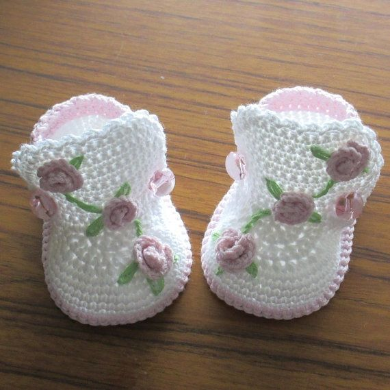 Botas de bebé, zapatos de bebé del ganchillo, Patucos de ganchillo ...
