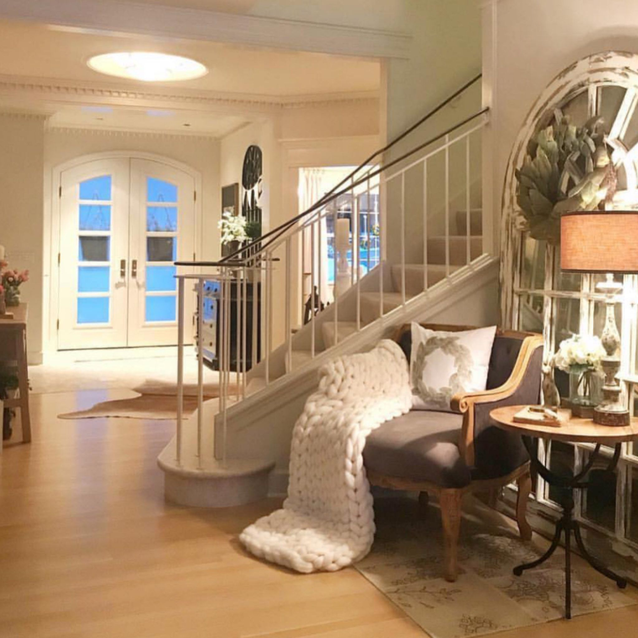 Front Entryway Decorating Ideas The Design Twins: 40 Of The BEST Home Decor Blogs That Will Inspire You