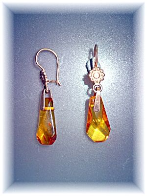 Earrings 18K Rose Gold Russian Amber Pierced Earrings Image1