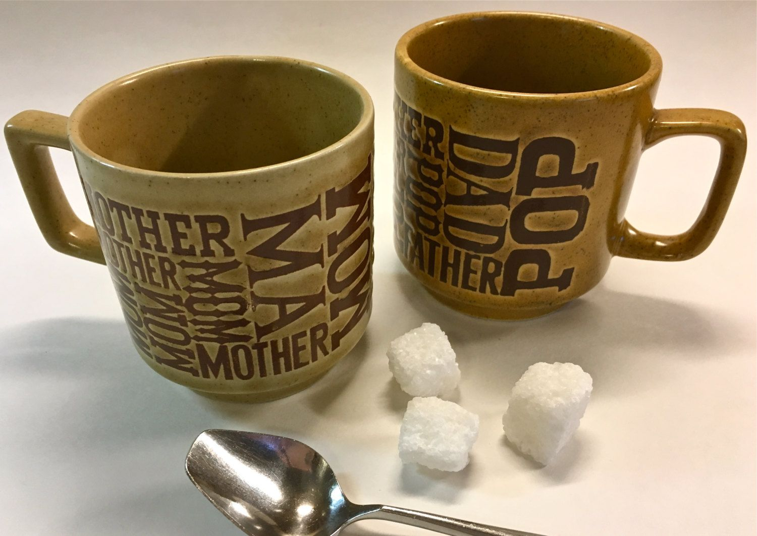 Vintage Retro Coffee Mugs For Mom Mother Ma And Dad Father Pop