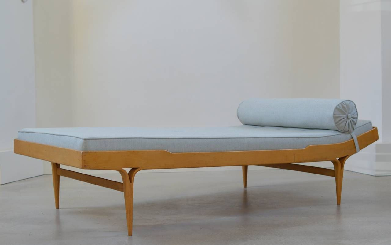 39 berlin 39 model t303 daybed by bruno mathsson karl mathsson 1961 daybed scandinavian. Black Bedroom Furniture Sets. Home Design Ideas
