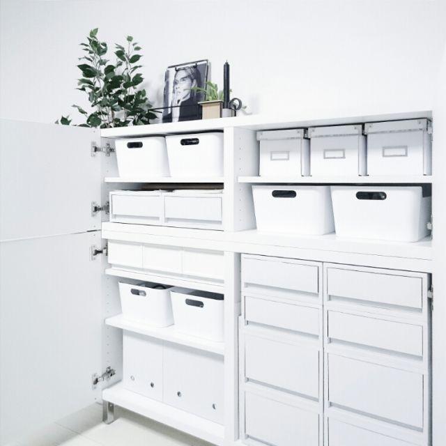 ...Uco...さんの、My Shelf,無印良品,IKEA,収納,白黒,モノトーン,フェイクグリーン,Umbra,コウモリラン,ホワイトシンプル連合会,がんばっぺ福島!,IG→uco122,ごま塩系インテリア,塩系インテリアに乗っかるについての部屋写真