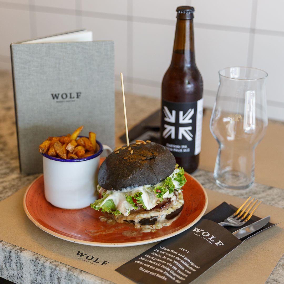 Durch den Wolf gedreht – In die Küche der Wolf Burger & Steak Bar ...