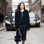 Black on Black Carolines Mode | StockholmStreetStyle