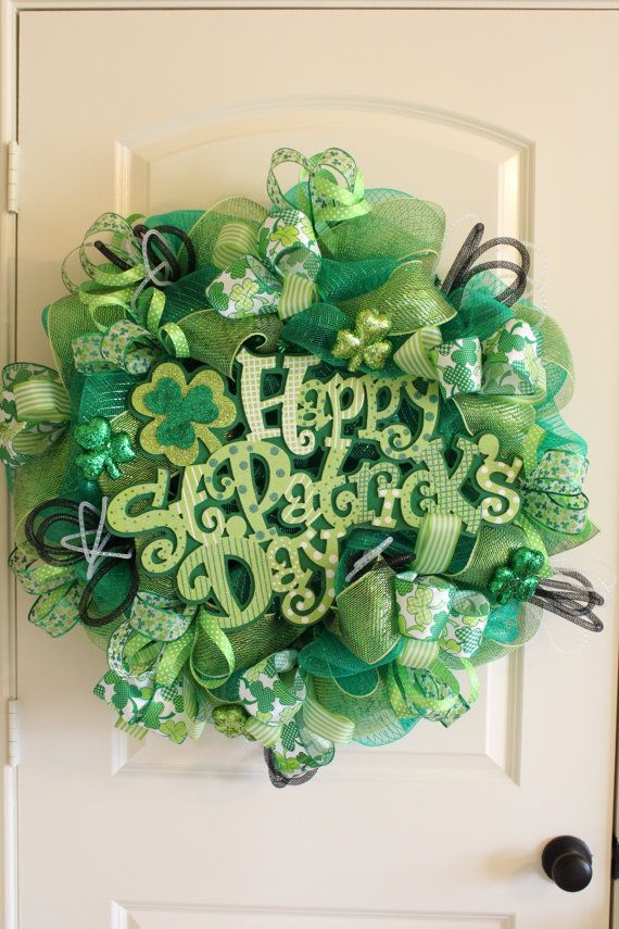happy st patrick 39 s day deco mesh wreath by flowerstoenvy on etsy deco mesh wreaths. Black Bedroom Furniture Sets. Home Design Ideas