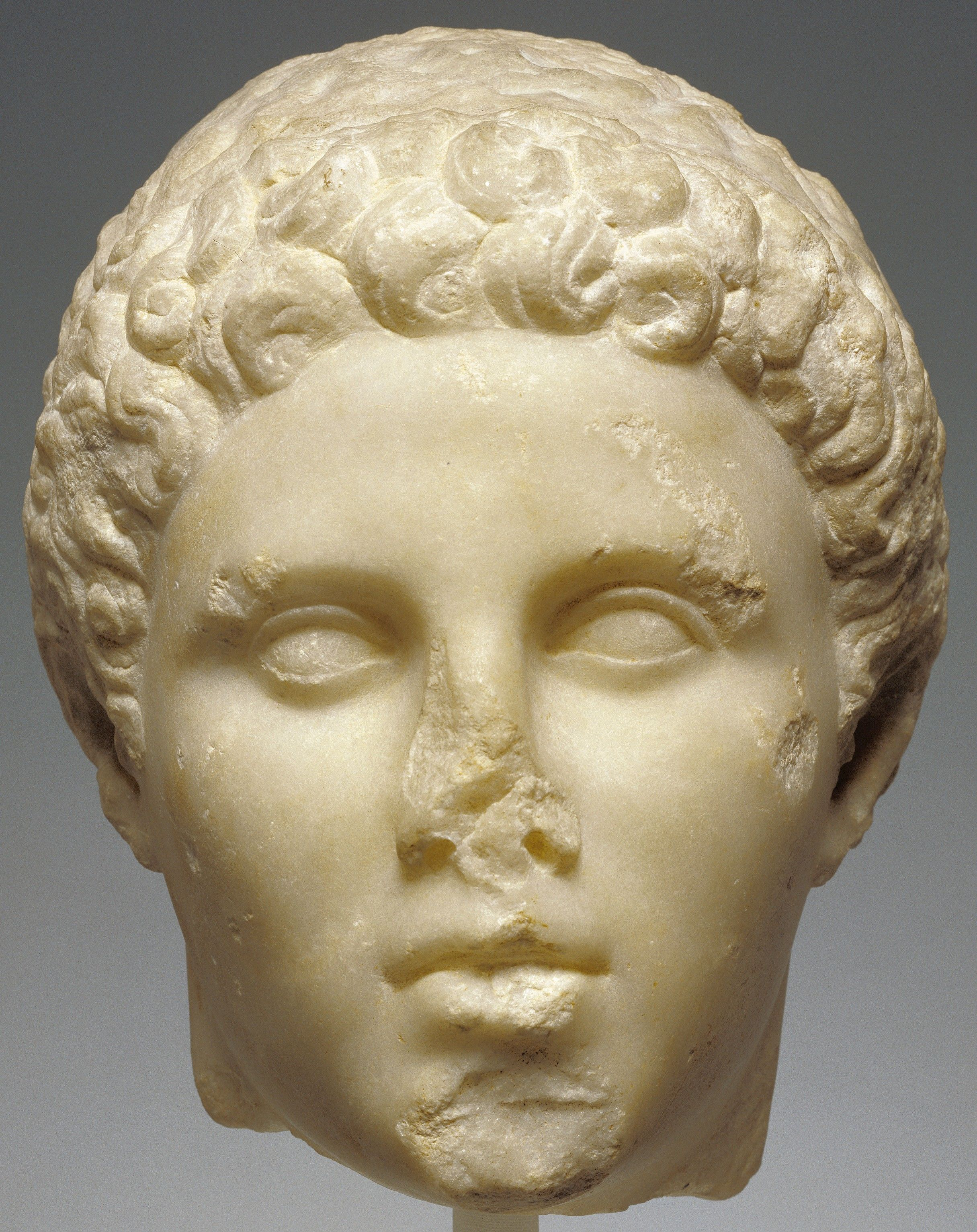 Head of hephaistion sculpted in marble best friend of alexander head of hephaistion sculpted in marble best friend of alexander the great macedonia kristyandbryce Choice Image