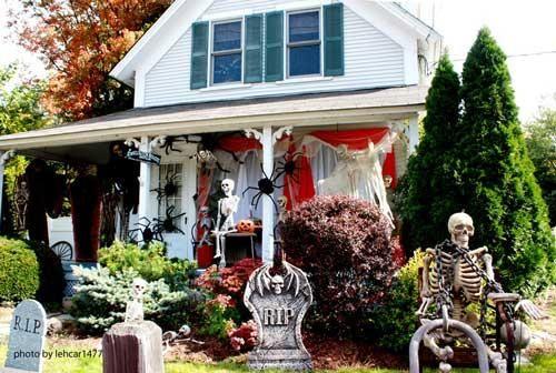 IDEAS  INSPIRATIONS Vintage Halloween Decorations - Outdoor