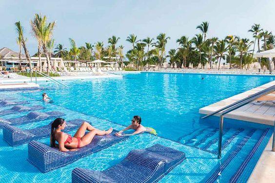 Punta Cana Todo Incluido Playabavaro Bavaro Puntacana Bahiadelasaguilas Puntacanabeach Belive Hoteles De Playa Lugares De Vacaciones Destinos Vacaciones
