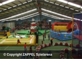 Indoorpark Zappel Spielarena Netz Seilbahn Und Tipps