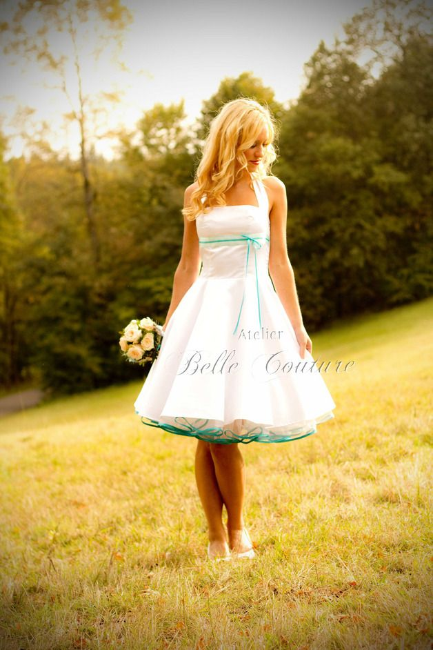 petticoat brautkleid v ro pinterest knielange r cke satinband und knielang. Black Bedroom Furniture Sets. Home Design Ideas