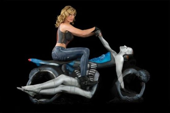 Motos Humaines [video] - http://www.2tout2rien.fr/motos-humaines-video/