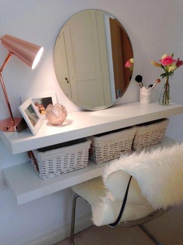 45 Stunning Small Apartment On A Budget Decor Ideas 2018 #apartmenttherapy #apartmentdecorating #apartmentdecor #FlooringDecor