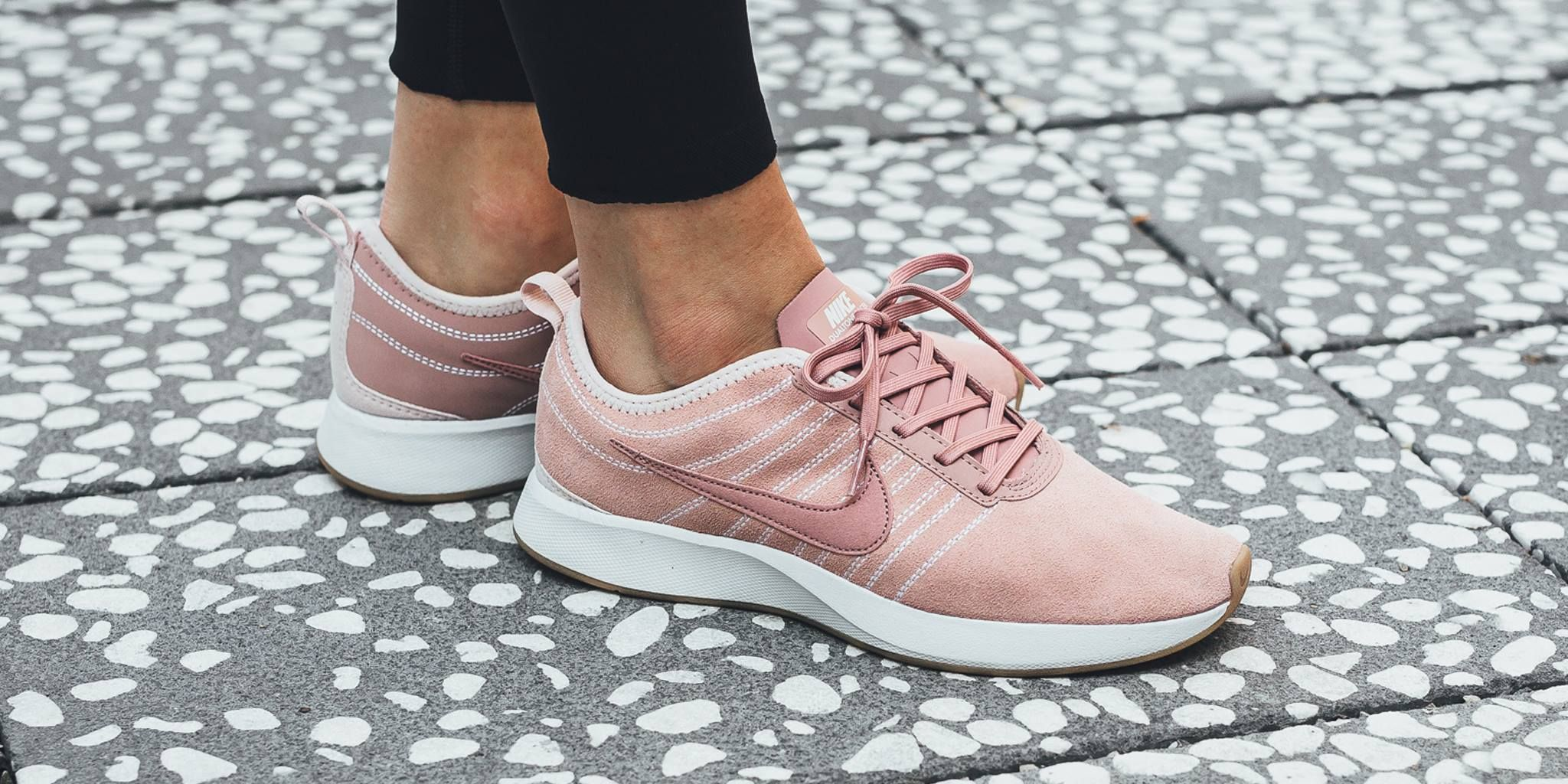 Particle Pink Covers The Latest Nike Dualtone Racer  462e457c52ae