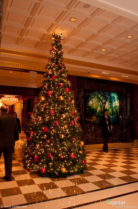 New York Hotels Deck Their Halls For Christmas Essex Homes Christmas Decorations Christmas Help