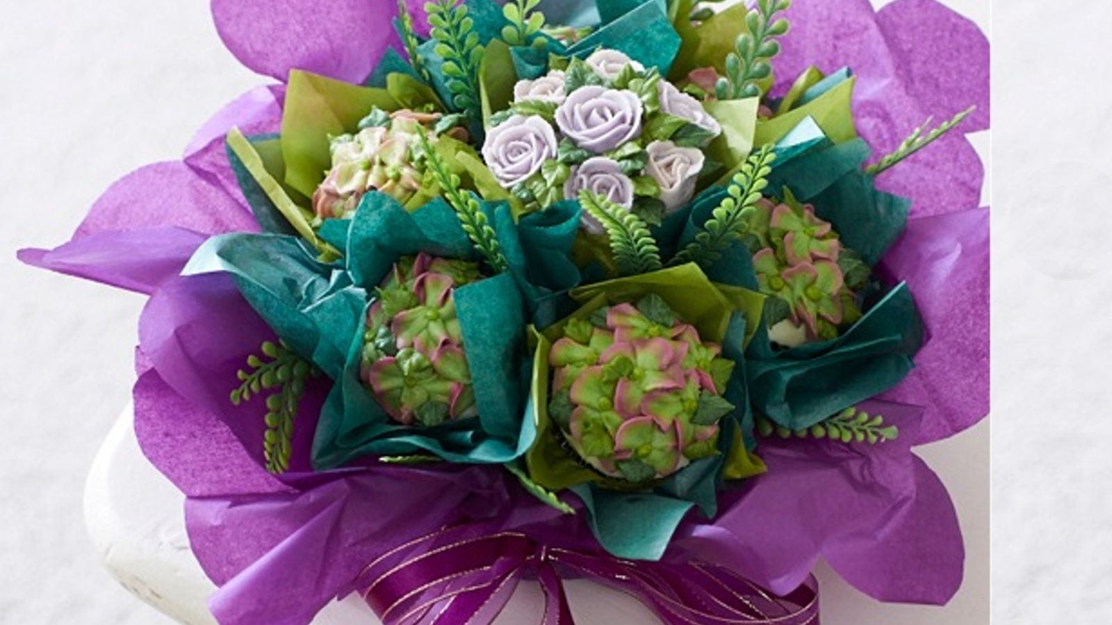 How To Make A Simple Cupcake Bouquet A Perfect Gift Idea
