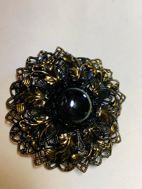 Black Round Brooch Black Stone Brooch Metal Flower Brooch