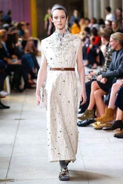 fec2e0d47caf3 Pin by Charlotte Willard on Fashion   Pinterest   Fashion