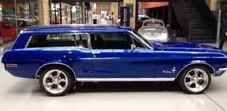 Ford Mustang 1968 Break Sport Wagon Out And About