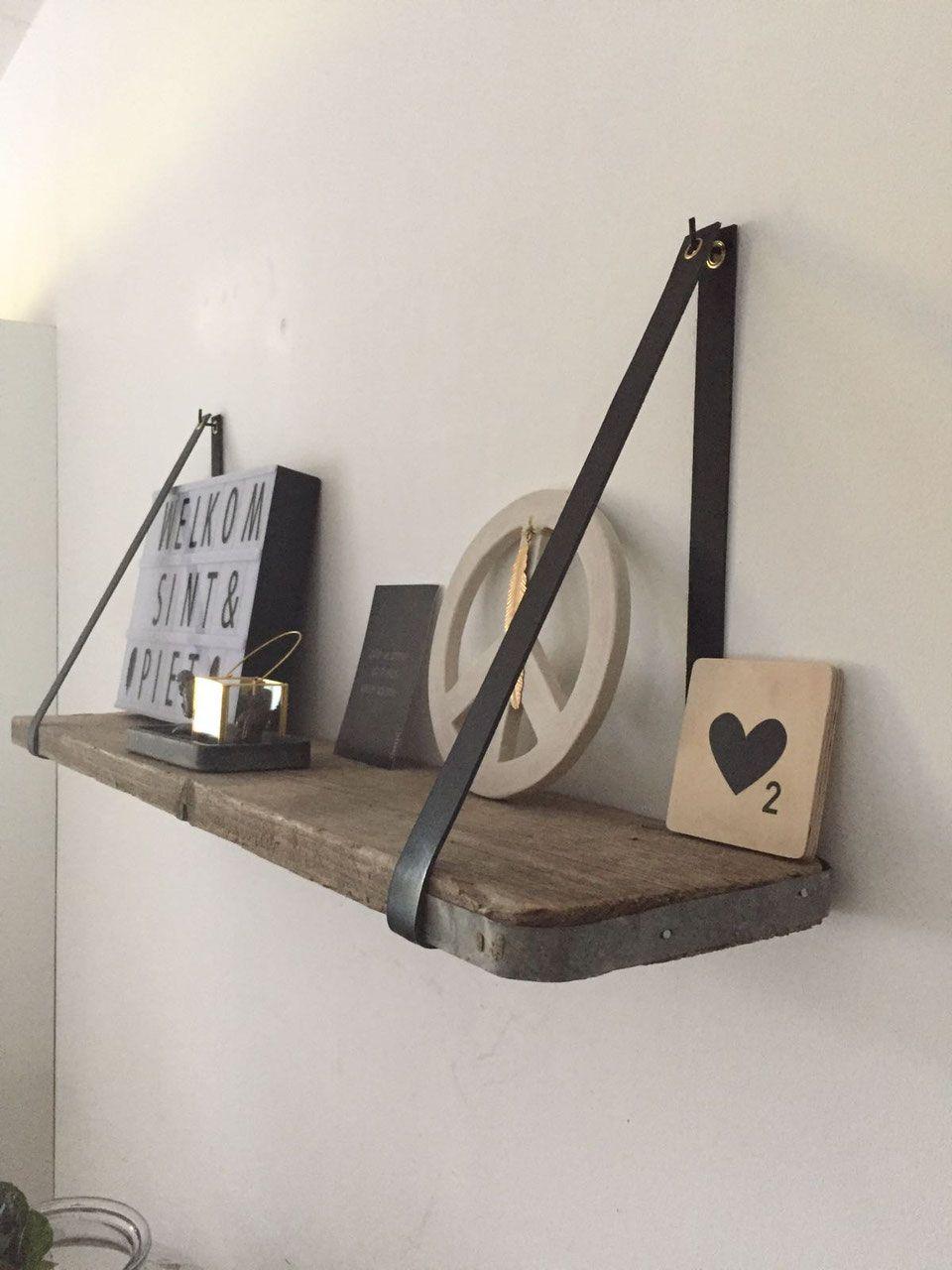 Leren plankdragers en verschillende soorten houten planken.   ODIN ...
