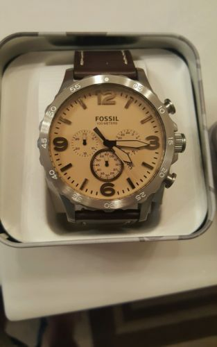 Mens fossil watch https://t.co/kZYUhe9Yta https://t.co/6Cb8tPV76k