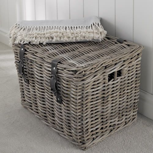 Fisherman's Wicker Basket - Large great for storing all those extra  blankets and cushions