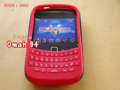 Otterbox Commuter Blackberry Curve Amstrong 9310 9320 Silicone Full Keypad Warna MERAH (RED) - Hard Case Berlubang Warna HITAM (BLACK) | HARGA : Rp 42.000,- | KODE BARANG : 1098 | +62-896-1718-8610 | Toko Online Rame - @rameweb