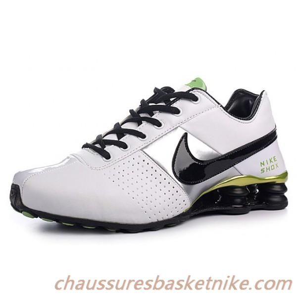 best service d3d19 fbedf Nike Shox OZ 809 Chaussures Homme Blanc Noir Vert