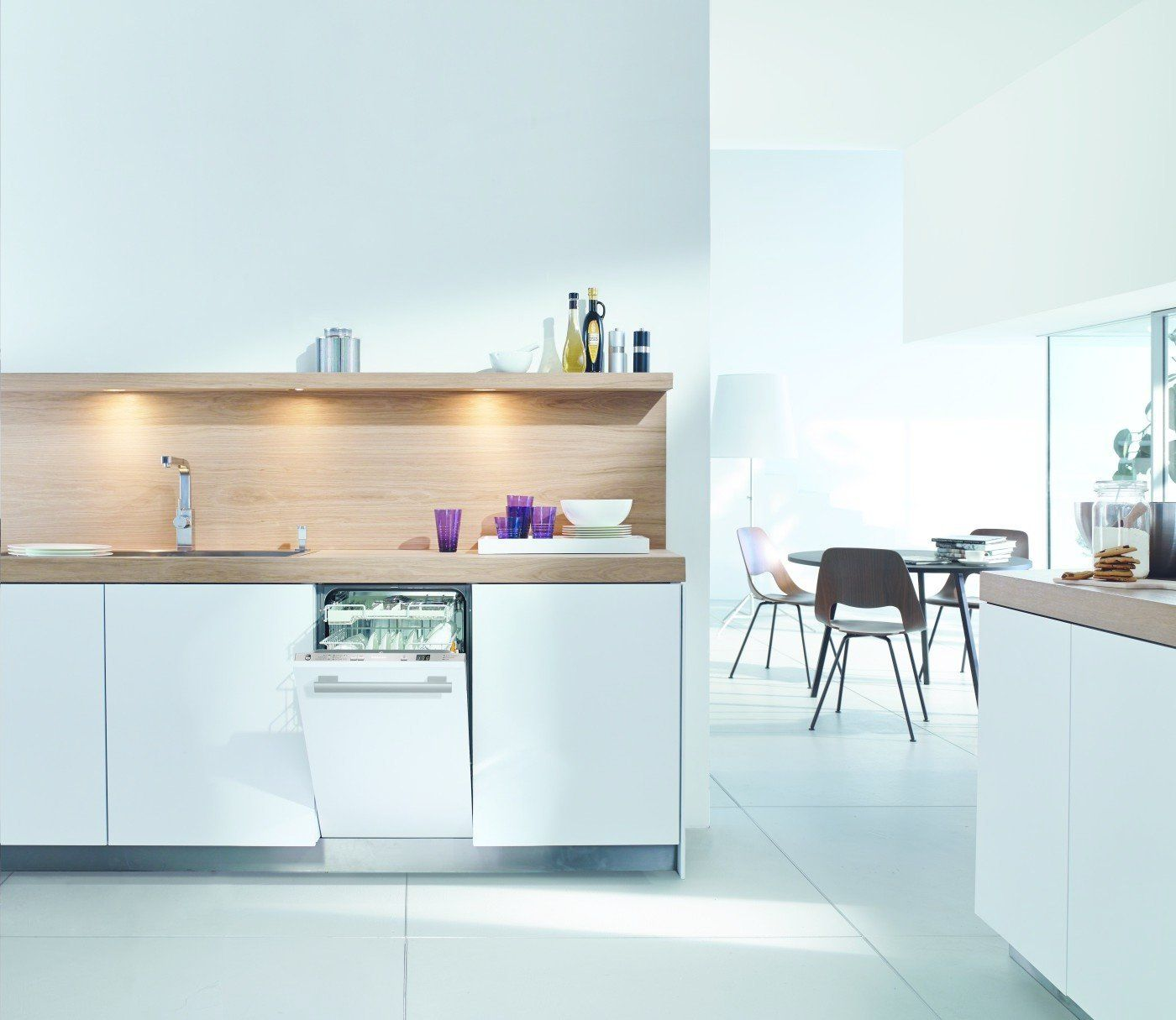 Watch Out For These Two Kitchen And Bath Trends In 2018 Slimline Dishwasher Bath Trends Fully Integrated Dishwasher