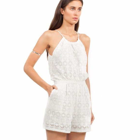 6 Shore Road - pacific lace romper, white, size xs Brand new with tags. Selling because it does fit. Nice lace. Great summer, casual or nice out romper. Size xs, similar to size 0 or 2 6 Shore Road Other