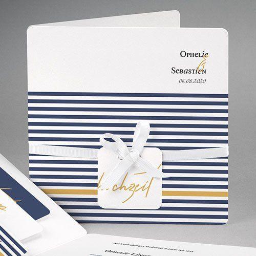 Elegantes Streifendesign In Blau Mit Gold Kombiniert Diese