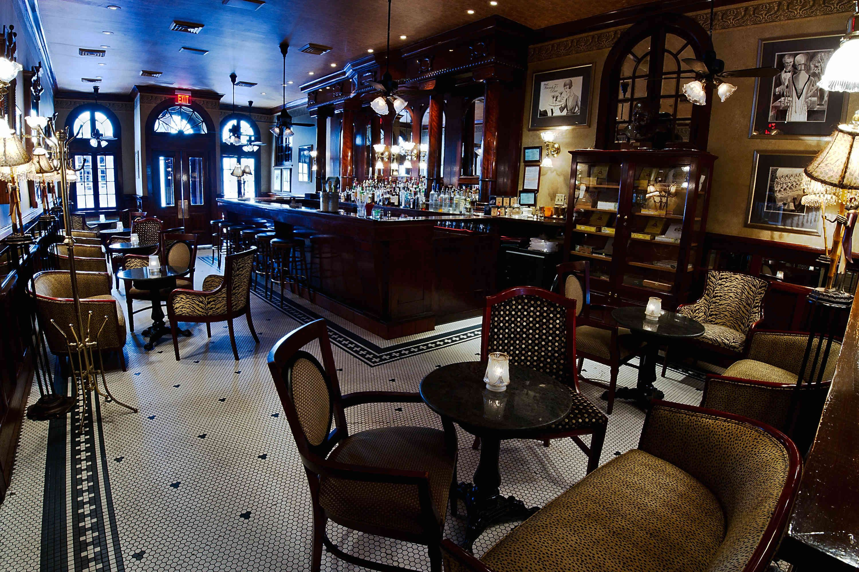 Pin by Gregg Luther on I love this bar | New orleans bars ...