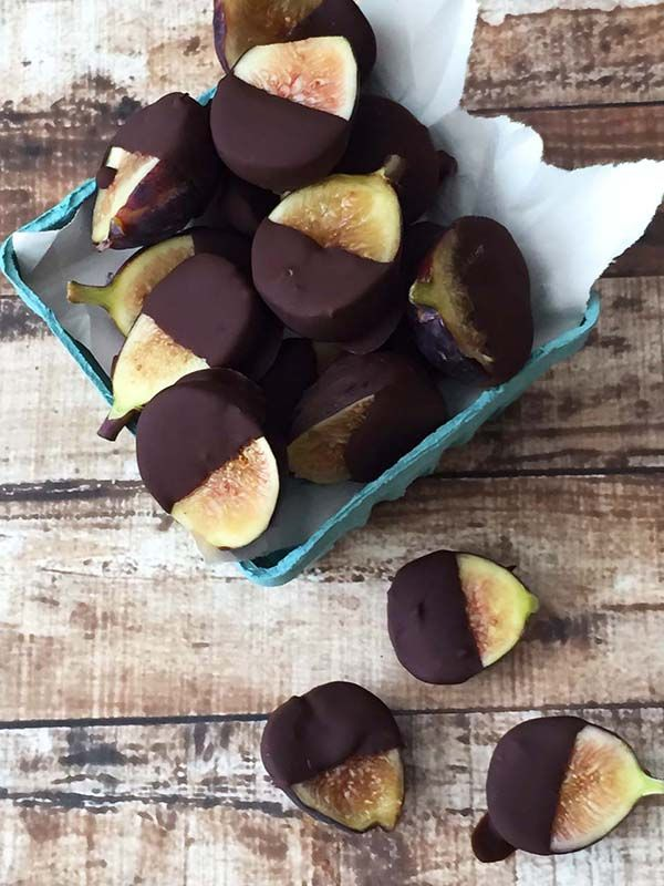Dreamy Chocolate Covered Figs | ​Goodie Goodie Gluten-Free #figs #chocolate #fiber