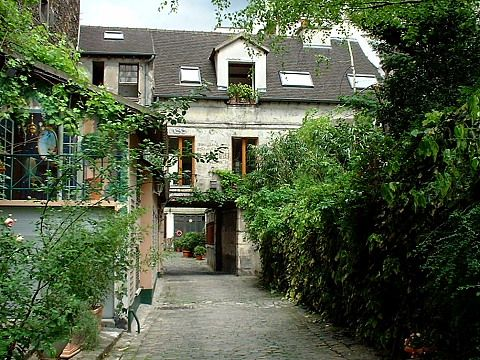 Picture Your Dream Home Celine S Courtyard Apartment In Before Sunset Movie Court De L Etoile D Or On The North Side Of Rue Du Faubourg Saint Antoine Paris