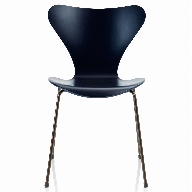 Fritz Hansen Anniversary Series 7 Chair by Arne Jacobsen
