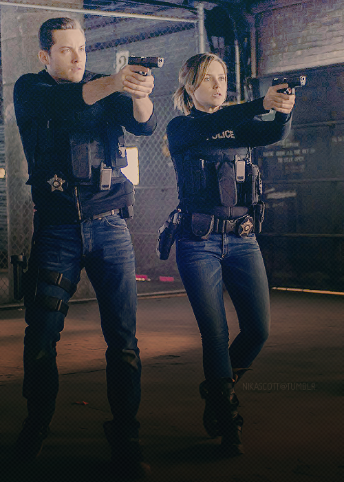 Chicago Pd On Twitter Chicago Pd Chicago Pd Linstead Chicago Pd Cast