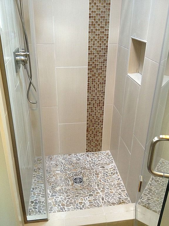 3 4 Bathroom Found On Zillow Digs Small Shower Stall Small