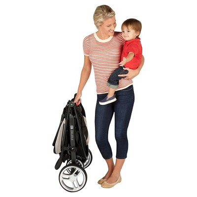 Graco Aire3 Click Connect Stroller Pierce