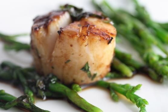 Coconut Lime Grilled Scallops | Paleoista