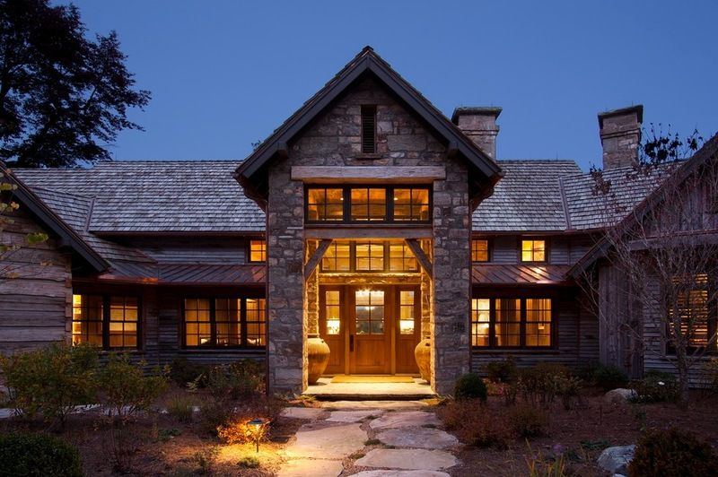 The Siding Is Salvaged Pine From Snow Fencing That Once Lined The Roadways Of Wyoming A Vintage Appearance That Would Blend Into The Rustic Exterior Dream House Exterior House Styles