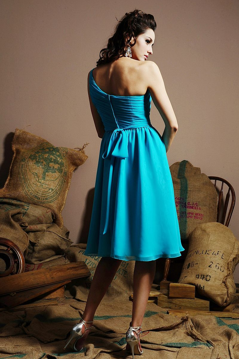 back of bridesmaids...maybe shorter and more turquoisey | My Wedding ...